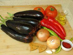 Patlıcan Çullama İçin Gerekli Malzemeler Eggplant, Carrots, Stuffed Peppers, Vegetables, Recipes, Food, Stuffed Pepper, Recipies, Essen