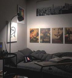 Bedroom Setup, Room Design Bedroom, Small Room Bedroom, Room Ideas Bedroom, Trendy Bedroom, Chill Room, Cozy Room, Study Room Decor, Small Room Design