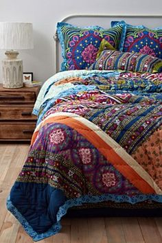 Gorgeous vibrant bedding from Anthropologie.