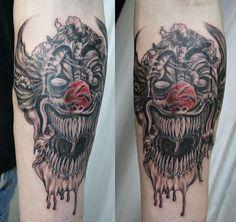 Bird Tattoo Designs - How to Create A Unique Bird Tattoo That Shows Your Small Henna Tattoos, Small Chest Tattoos, Simple Arm Tattoos, Mom Tattoos, Joker Tattoos, Small Angel Tattoo, Rose Tattoo On Arm, Blue Rose Tattoos, Clown Tattoo