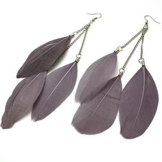 Vintage Multi Feather Lavender Earrings (218650 BYR) ❤ liked on Polyvore featuring jewelry, earrings, vintage jewellery, earrings jewelry, lavender jewelry, vintage earrings and vintage jewelry
