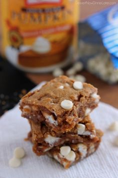 These Pumpkin White Chocolate Chip Blondies are moist, fudgy, and chewy, with pumpkin spices and decadent white chocolate chips, for a fabulous bar dessert! | DessertNowDinnerLater.com #pumpkin #whitechocolatechip #blondies #bars #cookies