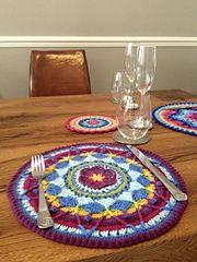 Ravelry: Sophie's Mandala (Large) pattern by Dedri Uys.. Free pattern! ༺✿ƬⱤღ✿༻