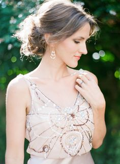 Art deco glam wedding dress: http://www.stylemepretty.com/little-black-book-blog/2016/06/28/buenos-aires-bridal-from-sophie-epton-photography/ | Photography: Sophie Epton Photography - http://www.sophieepton.com/