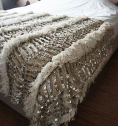 ♦ moroccan wedding blanket