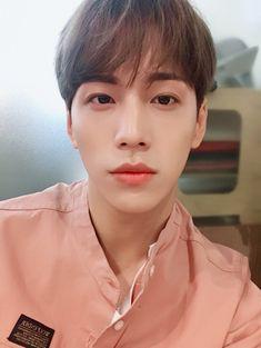 Tweets con contenido multimedia de 마이틴 (MYTEEN) (@myteen_official) | Twitter Music Words, Bias Kpop, Fandom, Korean Artist, Fine Men, Asian Boys, Kpop Boy, Kpop Groups, K Idols