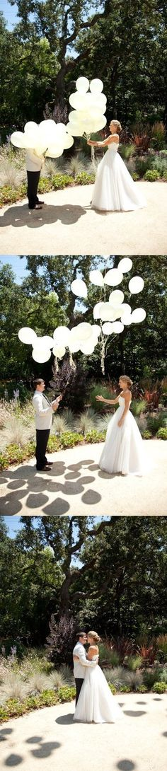 first look ideas, balloon release first look, look ideas, wedding first look ideas Wedding First Look, Perfect Wedding, Our Wedding, Dream Wedding, Wedding Engagement, Wedding White, Photos Originales, Carnival Wedding, Before Wedding