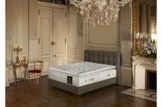 #Matelas Treca Grand Palais. Une solution de repos haut de gamme et son surmatelas intégré pour un accueil moelleux et un soutien ferme qui vous procurent un sommeil régénérant.