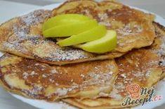 Chutné jablkové lívance | NejRecept.cz Pancakes, French Toast, Yummy Food, Sweets, Food And Drink, Cookies, Breakfast, Food Ideas, Retro