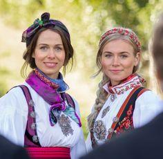 Norwegian Clothing, Band, Clothes, Fashion, Outfits, Moda, Sash, Clothing, Fashion Styles
