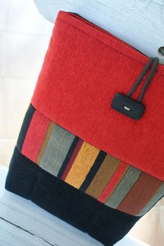 Nice design to use with wool scraps.