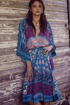 Excellent boho dresses are readily available on our web pages. Take a look and you will not be sorry you did. Hippie Style, Looks Hippie, Gypsy Style, Bohemian Style, Boho Chic, Bohemian Clothing, Hippie Chic, Moda Hippie, Quoi Porter