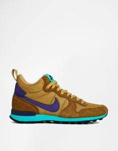 Nike Internationalist Mid Green Trainers