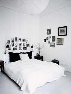 I like the pictures above the bed. found via My Scandinavian Retreat Blog, photo by Birgitte W. Drejer/Blog Magasinet