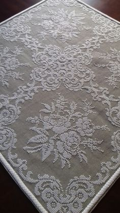 Cross Stitch Borders, Cross Stitch Rose, Cross Stitch Flowers, Cross Stitch Charts, Cross Stitch Designs, Cross Stitch Embroidery, Hand Embroidery, Cross Stitch Patterns, Embroidery Designs