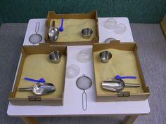 Las bandejas de experimentación como recurso para el aula de infantil. Reggio Emilia, Reggio Classroom, Learning Environments, Eyfs, Apple Tv, Diy And Crafts, Activities, School, Google