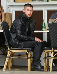 Nick Jonas Photos - Nick and Joe Jonas Lunch at Sweet Butter Kitchen - Zimbio