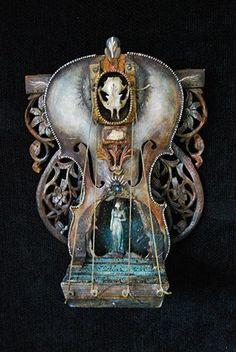 Assemblage art Looks like it is a Michael De Meng. Found Object Art, Found Art, Diesel Punk, Collages, Steampunk, Assemblage Art, Art For Art Sake, Mixed Media Art, Mix Media