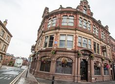 The Adelphi, Leeds - lovely old traditional pub, they do nice food too. Leeds Pubs, Leeds City, Leeds England, Best Pubs, Old Pub, Jazz Band, England Fashion, Travel England, British Isles