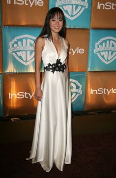 Yunjin Kim at the 2009 In Style Golden Globes after party Yunjin Kim, Golden Globes After Party, Prom Dresses, Formal Dresses, International Film Festival, Beautiful Asian Women, Asian Woman, Pretty Dresses, White Dress