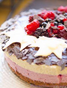 Receta de Tarta mousse de frambuesa,mora y chocolate