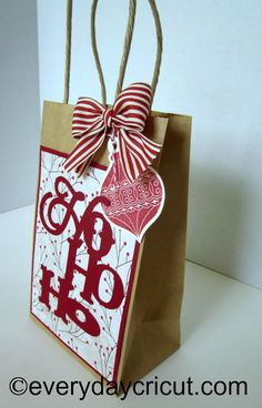 Obsessed with Scrapbooking: Ho Ho Ho Close to My Heart Artiste Cricut Gift Bag
