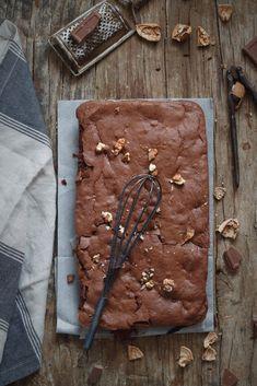 Brownie de chocolate y nueces {sin gluten} - Mi Gran Diversión Brownies, Chocolate Sin Gluten, Desserts, Blog, Cup Cakes, Molde, Crack Cake, Breakfast, Pies