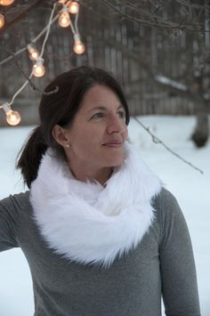 Aesthetic Nest: Sewing: White Faux Fur Infinity Scarf (Tips for Sewing with Faux Fur)