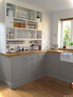 Cool 50 Smart Small Cottage Kitchen Ideas https://lovelyving.com/2017/12/30/50-smart-small-cottage-kitchen-ideas/