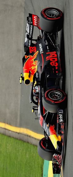 Infiniti Red Bull Racing : Max spins But it's a great save by the Dutchman at T Red Bull F1, Red Bull Racing, F1 Racing, Viper Car, Stock Car, Gp F1, Grand Prix, Nascar, Monaco