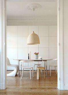 Ikea Besta Wohnwand Esszimmer Esstisch Stühle- Hängeleuchte
