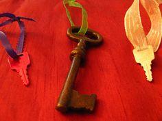 Recycle Old Keys into Christmas Tree Ornaments - Ribbon craft inspiration! Writing Portfolio, Old Keys, Key To My Heart, Ribbon Crafts, Winter Holidays, Christmas Tree Ornaments, Recycling, Inspiration, Ideas