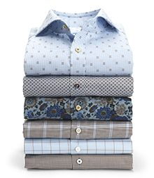 The shirt is the foundation of all menswear. If you want to be stylish or elegant, the shirt is always a safe choice. Formal Dresses For Men, Formal Men Outfit, Formal Shirts, Stylish Mens Outfits, Stylish Shirts, Casual Shirts, Nigerian Men Fashion, Mens Fashion, Slim Fit Dress Shirts