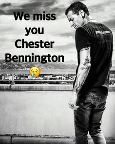 Beautiful Legend Chester Bennington ❤🤘 Your voice will always be home💙🎤🤘 Chester Rip, Linkin Park Chester, Charles Bennington, Chester Bennington, Rest In Heaven, Linking Park, Mike Shinoda, We Missed You, Beautiful Soul