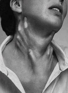 choking hands