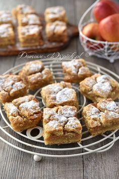 Gedeckter Apfelkuchen – Rezept – Special Recipes For Easter Cream Pie Recipes, Apple Pie Recipes, Sweet Recipes, Homemade Applesauce, Homemade Apple Pies, Healthy Dessert Recipes, Easy Desserts, Polish Desserts, Banoffee Pie