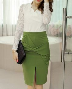 Sexy V-Neck Lace Splicing Long Sleeve Blouse and High-Waisted Skirt Suit For Women