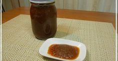 「【農家のレシピ】万能たまねぎだれ」ローストビーフのたれとして開発した「たまねぎだれ」。焼いたお肉や生野菜に何でも使える万能たれです。 材料:たまねぎ、りんご、にんにく.. Spice Mixes, Hot Sauce Bottles, Japanese Food, Dips, Spices, Food And Drink, Dressing, Pudding, Meals