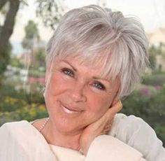 Super Short Grey Hair Ideas for Older Women