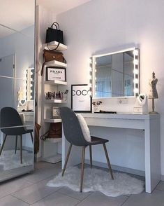 52 best ideas for Diy Muebles Vintage - New room ideas - Beauty Room Bedroom Dressing Table, Dressing Room, Dressing Table Inspo, Dressing Table Organisation, Dressing Tables, Home Design, Interior Design, Design Ideas, Stylish Bedroom