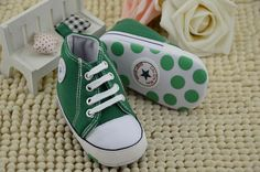 Converse verdes # 13  $250