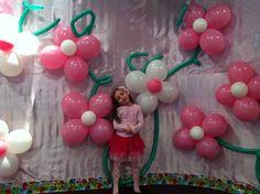 Garden Party Flower Balloons #gardenparty #balloons