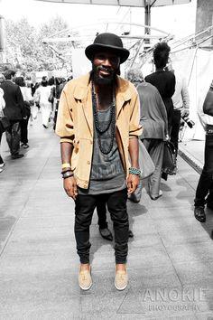 Fashion Prints, Boho Fashion, Mens Fashion, Fashion Shorts, Boys With Tattoos, Layered Fashion, Ladies Of London, Mode Style, Swagg