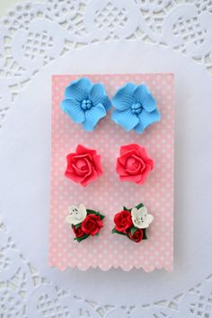 Flower stud earrings set. Pink red roses studs. by IvannaFlorist