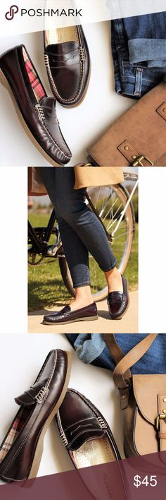 Sperry Top-Sider Women's Hayden Penny Loafer Flats The Hayden penny loafer flats by Sperry Top-Sider feature contrasting stitching around the vamp and a thick rubber sole. Imported. Leather upper. Round closed-toe penny loafer flats. Man-made sole. Sperry Shoes Flats & Loafers