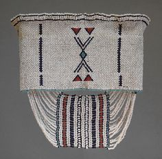 Large headbands were worn by young men of the Fingo and Xhosa groups living around East London, South Africa. African Beads, African Jewelry, African Art, Pattern Art, Pattern Design, Tribal Dress, African Fabric, Dress Patterns, Pattern Dress