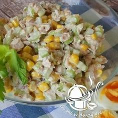 SAŁATKA Z TUŃCZYKA I SELERA NACIOWEGO Appetizer Recipes, Salad Recipes, Healthy Recepies, Seafood Salad, Dessert For Dinner, Us Foods, I Love Food, Food To Make, Easy Meals