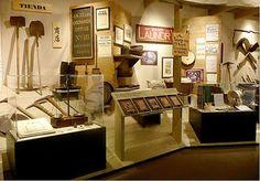 http://1.bp.blogspot.com/_sbPep0Xpy04/TGmSgkXHgrI/AAAAAAAAAng/eJ2n8jpYzM8/s400/oakland_museum_display.jpg