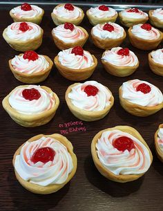 Good Foods To Eat, Wedding Cakes, Cheesecake, Sweets, Lunch, Snacks, Cooking, Desserts, Recipes