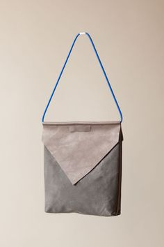 Hover minimalist bag by CHIYOME